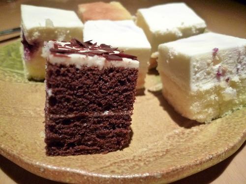 プチケーキ側面