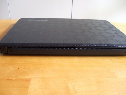IdeaPad U450pの背面