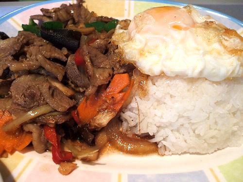 牛肉の炒めライスセット