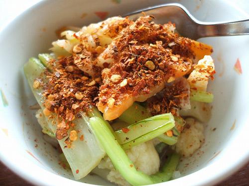 野菜の炒め物に唐辛子
