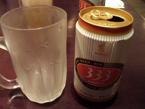ベトナムビール333(バーバーバー)