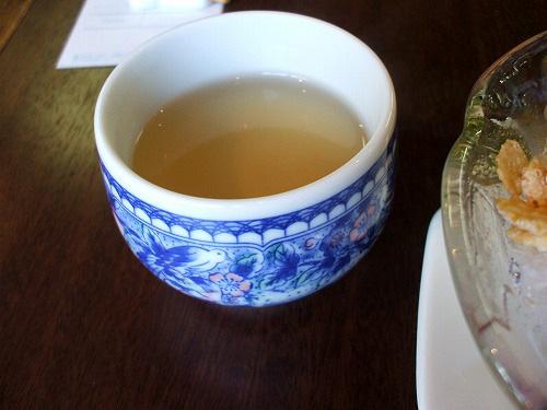 暖かいお茶