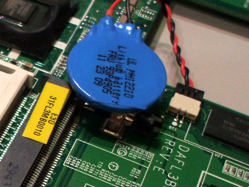 Thinkpad X100eの内蔵電池