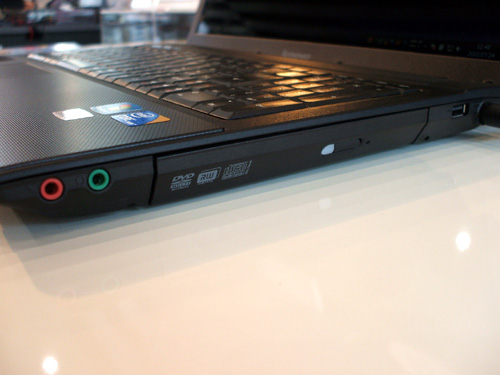 G560 右側のインターフェース