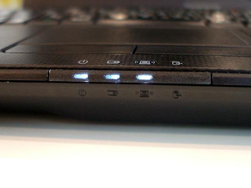 Lenovo G560 前面中央