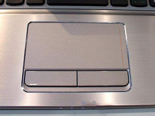 Z560 タッチパッド