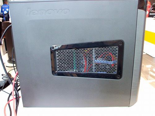 K320の本体左側面