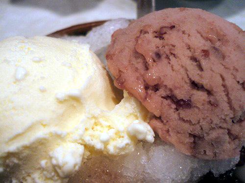 バニラアイスと小倉アイス