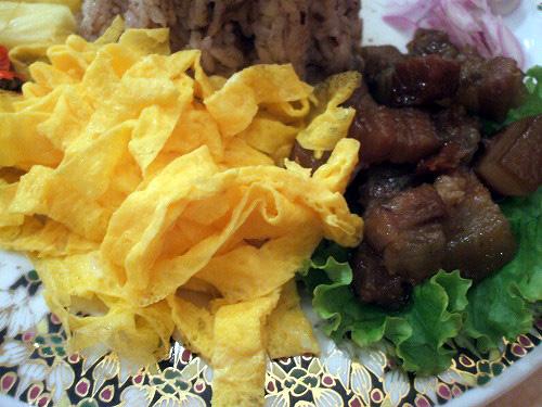 玉子と豚肉