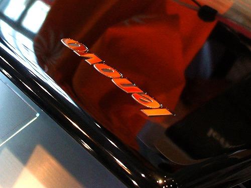 Z560 トップパネルのロゴ