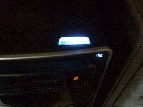 HPE 280jp 電源オン時の電源ボタン