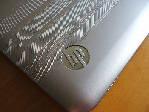 HP Pavilion dv7 トップパネルのhpロゴ