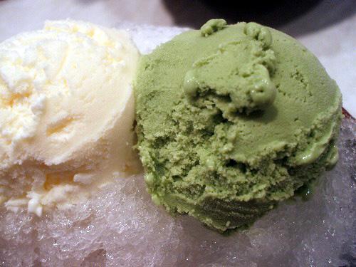 バニラアイスと抹茶アイス