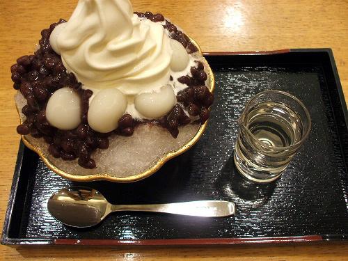 氷小豆白玉のソフトクリームトッピング
