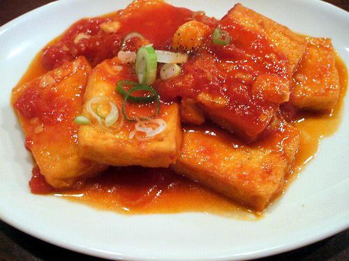 揚げ豆腐トマトソース