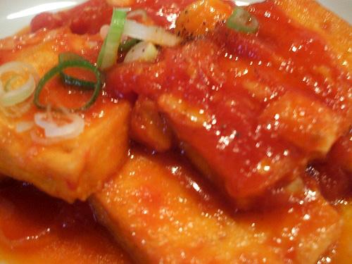 揚げ豆腐トマトソース拡大