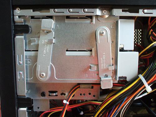 HPE 290jp 筐体内部の光学ドライブ