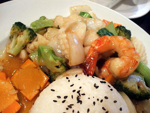 海鮮と野菜がたっぷり