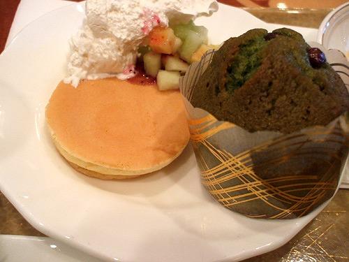 プチパンケーキと抹茶と小豆のマフィン