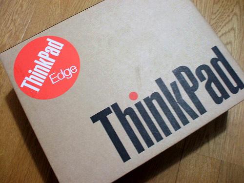 "Thinkpad Edge 11""の箱"