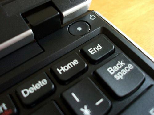 "Thinkpad Edge 11"" 電源ボタン"