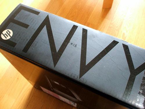 ENVY 100の箱