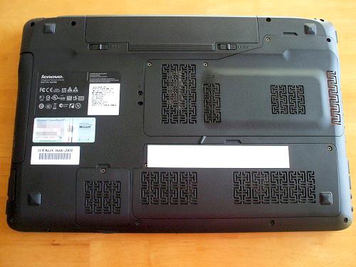 IdeaPad Y560 底面