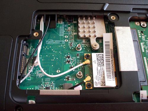 IdeaPad Y560 無線LANカードなど