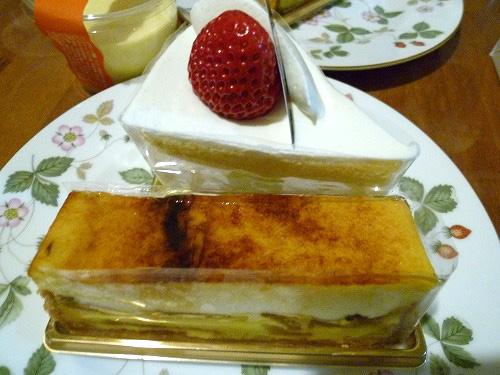 苺のケーキにりんごのシブースト