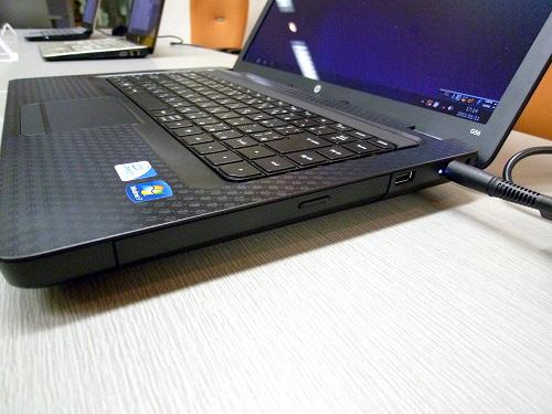 HP G56 右側面