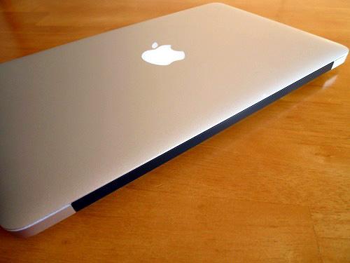 MacBook Air の背面
