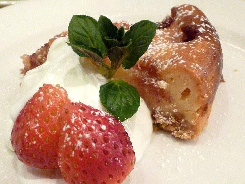 苺のベークドチーズケーキ