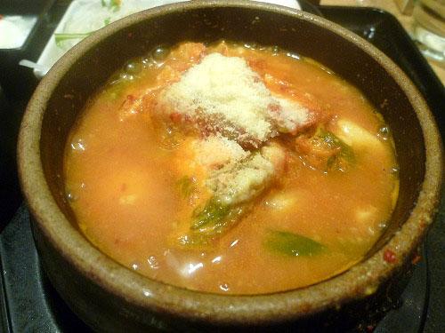 牡蠣の味噌チーズスンドゥブ