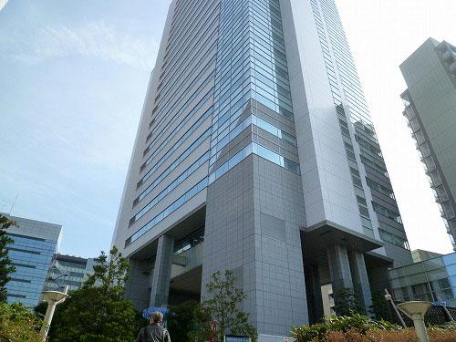 中目黒駅すぐ側のビル