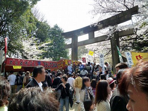 上野公園の人ごみ