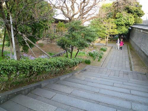 湯島聖堂内の庭