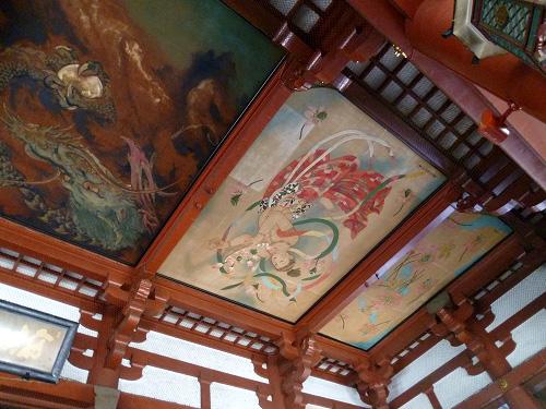 寺内部の装飾