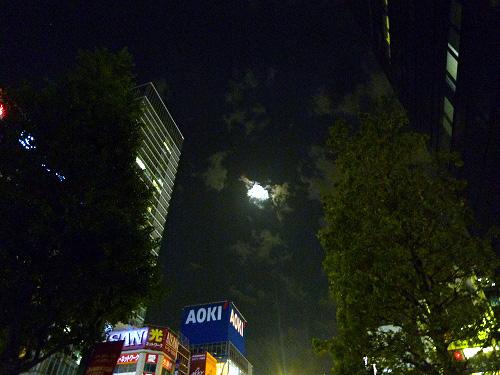 晩の秋葉原