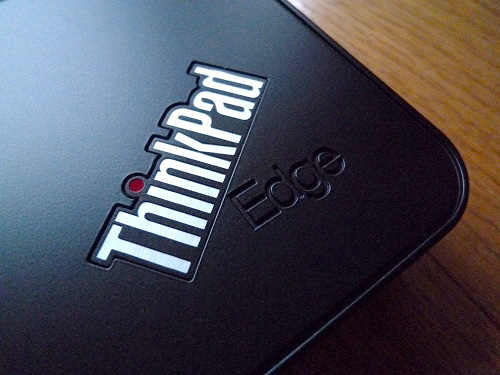 Thinkpad Edgeのロゴ