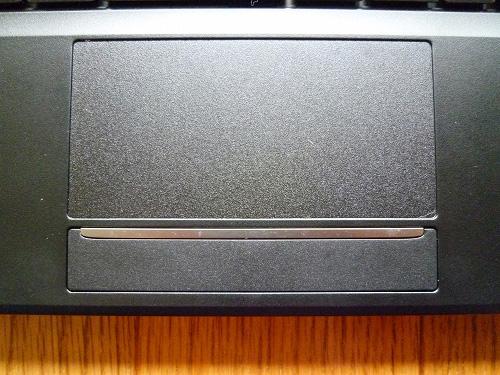 LuvBook Lのタッチパッド