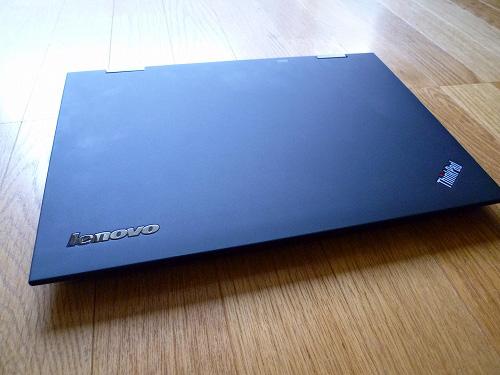 ThinkPad X1 天板の様子