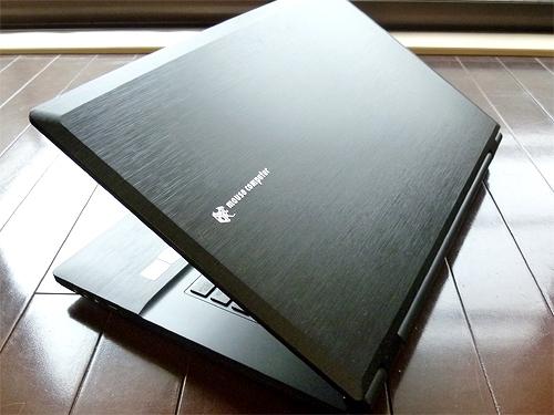 LuvBook-D701E