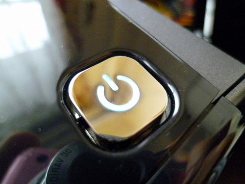 h8-1080jpの電源ボタン