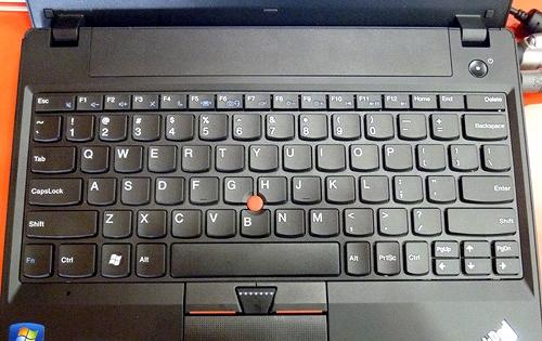 X121eのキーボード