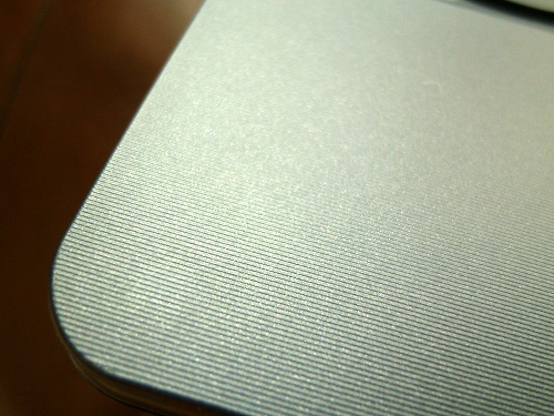 S205 キーボードベゼルのデザイン