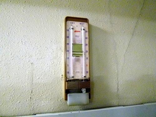 古い温度計
