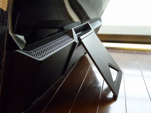 3Dモニター背面