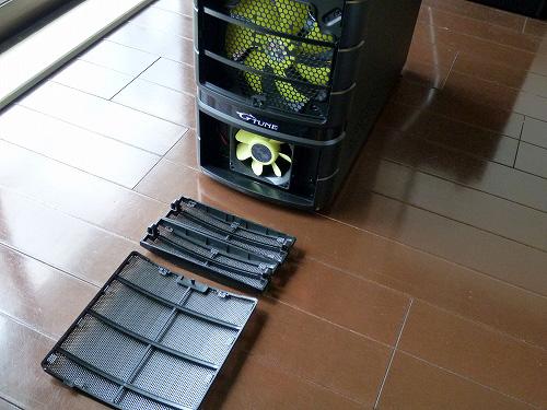 NEXTGEAR-MICRO im500 筐体前面の吸気ファン