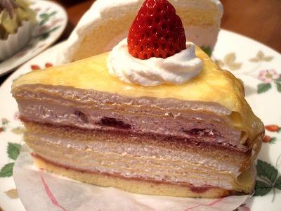 苺のミルクレープ2