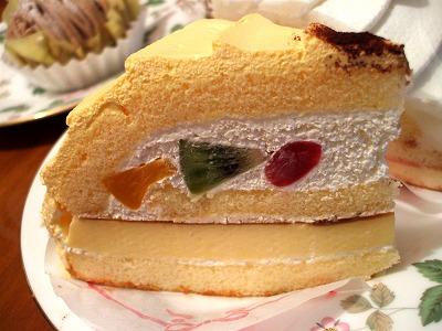 プリンフルーツケーキ側面